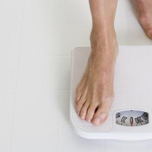 高岡早紀さん 姿勢と体重への意識・習慣