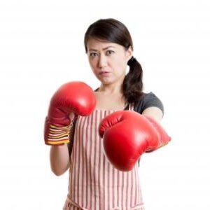 朝比奈彩さんのキックボクシング 美容にも良い チャンネル動画も